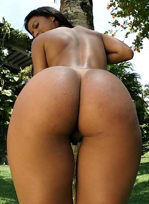 Big Brazilian Ass Porn Pictures