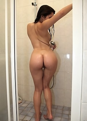 Big Wet Ass Porn Pictures