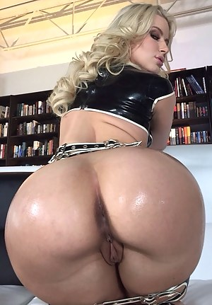Big Ass Latex Porn Pictures