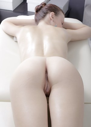 Big Ass Massage Porn Pictures