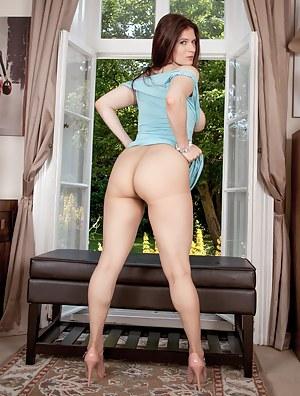 Big Ass Pantyhose Porn Pictures